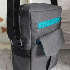 Les P'tites Créas D'Elle sur Instagram: Que diriez-vous aujourd'hui de découvrir les sacoches Jive (modèle Sacôtin) ??? Cette sacoche mesure 18 cm X 22 cm X 7 cm. Elle comprend…