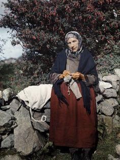 vintage knitting photo