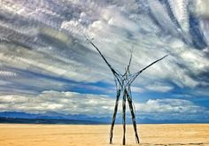 PINTEREST 21 Aug. Mark Porter (photo). #LandArt SkyArt 1. 'The Earth Pods' by Kim Goodwin and Lara Kirsten. Site_Specific #LandArtBiennale