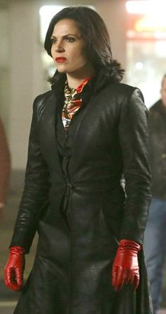 """OUAT - Regina in """"It's Not Easy Being Green"""""""