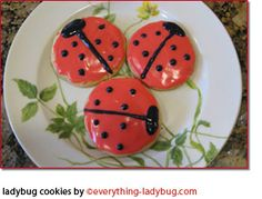 ladybug sugar cookies ---- should make these for a very special little girl we know, who loves lady bugs :0)