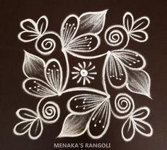 Rangoli Side Designs, Simple Rangoli Border Designs, Easy Rangoli Designs Diwali, Free Hand Rangoli Design, Small Rangoli Design, Rangoli Patterns, Rangoli Designs With Dots, Rangoli With Dots, Beautiful Rangoli Designs