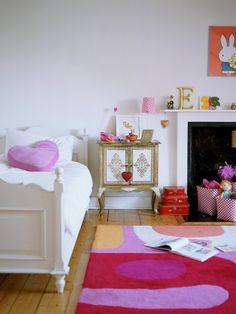 simple yet playful bedroom