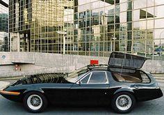 Ferrari 365 GTB4 Daytona Station Wagon: Crockett & Tubbs Baby-Daddy Wagon