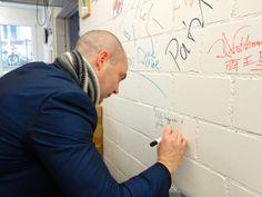 Donal Ryan und die Graffiti im Diogenes Lager Graffiti