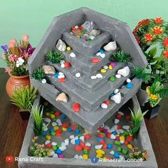 Diy Water Fountain, Diy Garden Fountains, Easy Diy Crafts, Diy Arts And Crafts, Paper Crafts, Cement Flower Pots, Bamboo Art, Diy Resin Art, Concrete Crafts