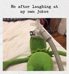 99 Funniest Memes of This Year Funny Relatable Memes, Funny Texts, Funny Jokes, Memes Humor, Jokes Quotes, Haha Funny, Stupid Funny, Funny Stuff, Funny Work