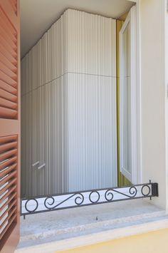 #tissellistudio all white kitchen cabinet