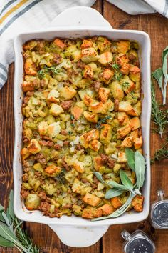 This is literally the BEST Homemade Stuffing Recipe. Best Thanksgiving Side Dishes, Stuffing Recipes For Thanksgiving, Thanksgiving Menu, Holiday Recipes, Holiday Meals, Best Turkey Stuffing, Apple Sausage Stuffing, Christmas Desserts, Best Bread For Stuffing