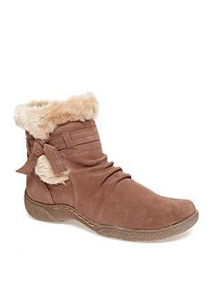 BareTraps Leader Boot - these are the most comfortable shoes ever!