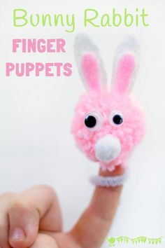 POM POM BUNNY RABBIT FINGER PUPPETS are easy and fun for kids to make and a great way to encourage imaginative play and story telling.