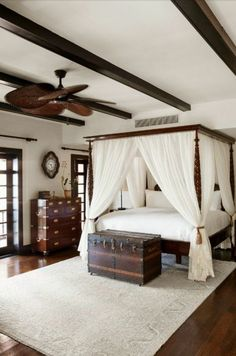 The colonial house guadeloupe cool decorating idea    -  #MasterBedroom #masterbedroomDesign #masterbedroomSittingArea #masterbedroomSuite