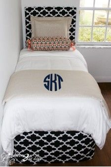 Custom College Dorm Room Style Ram Glitz Designer Bed In A Bag Set