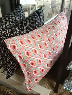 Mialiving geometric moroccan and retro pillows #MIALIVING #pillows  Photo was taken in @华华 GREY New York Style Interiors Warsaw