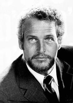 Paul Newman en 1976. No recordamos este look en ninguno de sus films ¿vacaciones?