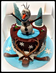 "MATINA CAKES: Pasteles infantiles ""Frozen"""