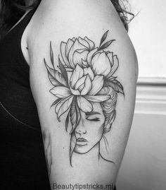 Asa Sul gewann 2018 das größte Studio in Brasilia: South Wing. – Beauty Tips &… Asa Sul won the biggest studio in Brasilia in South Wing. Beauty Tips & Head Tattoos, Body Art Tattoos, Tattoo Drawings, Small Tattoos, Tatoos, Flower Tattoos, Tattoos With Flowers, Forarm Tattoos For Women, Wolf Girl Tattoos