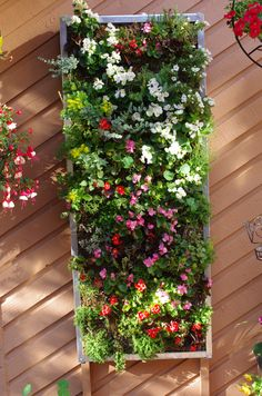 latest 2014 July pic Living Walls, Outdoor Structures, Diy, Bricolage, Do It Yourself, Homemade, Diys, Crafting