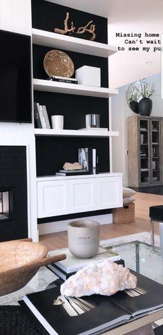 Desi perkins - living room dream decor, mobile home, living room decor, decor Living Room Decor Inspiration, Decoration Inspiration, Decor Ideas, Glam Living Room, Living Rooms, Beautiful Houses Interior, Mobile Home, Home Interior Design, Interior Modern