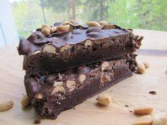 Suolapähkinä-suklaakakku