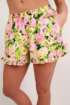 Florence Fun Shorts in Green