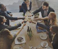 Hyvä johtoryhmätyöskentelyn on yhteydessä liiketoiminnan tuloksiin. Johtoryhmien haasteet ja työskentelyn kehittäminen.