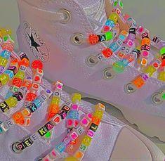 Aesthetic Shoes, Aesthetic Indie, Aesthetic Pastel, Fille Indie, Photographie Indie, Indie Mode, Estilo Indie, Indie Girl, Rainbow Aesthetic
