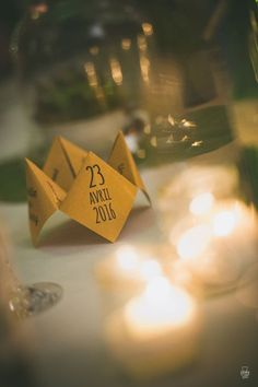 44 ideas for origami decoration table mariage Wedding Catering, Wedding Menu, Diy Wedding, Wedding Foods, Catering Menu, Wedding Vintage, Wedding Ideas, Deco Table Champetre, 30th Birthday Themes