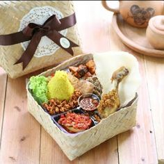 Rice Packaging, Food Box Packaging, Food Packaging Design, Rice Box, Food Hampers, Catering Menu, Food Icons, Food Test, Food Platters