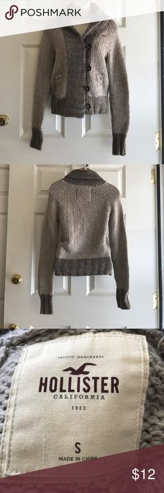 Hollister sweater Excellent condition Hollister Sweaters