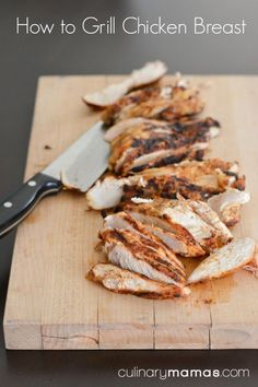 & Tricks: How to Grill Chicken Breast Tips & Tricks: How to Grill Chicken Breast, instructions how to grill tender, juicy chicken every time.Tips & Tricks: How to Grill Chicken Breast, instructions how to grill tender, juicy chicken every time. Grilling Recipes, Cooking Recipes, Grilling Ideas, Cooking Grill, I Love Food, Good Food, Grilled Chicken Recipes, Grilled Meat, Food Preparation