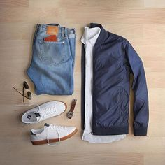 @thepacman82:Linen shirt and light layers Shirt: #hamiltonshirts #Linen Jacket: #norseprojects Ryan Light Ripstop Bomber Shoes: #newbalance for @#crew Wallet/Watch: #miansai Denim: #baldwin Sunglasses: #rayban #gq #menswear #mensstyle #menscasualstyle #mensfashionpost #mensapparel #mensweardaily #mensshoes #mensfashionblog @mallenpics