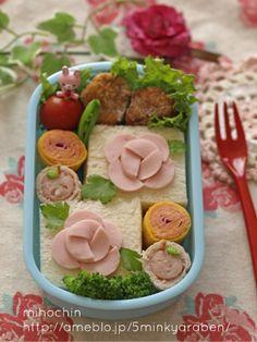『【+5min】魚肉ソーセージのバラ弁当』