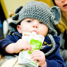 What Should I Feed My One-Year-Old? Your one-year-old is now experimenting with different textures and flavors. It is important to introduce him to healthy food. #HealthyKids #OneYearOld #Yogurt #KidFood