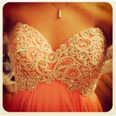 im totally gonna wear this to my prom or dance or someting really inportant!