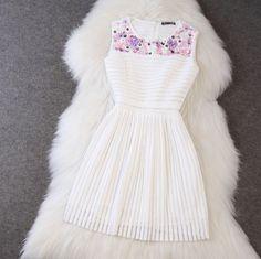 Striped Sleeveless Round Neck Dress on Luulla Prom Girl Dresses, Little Dresses, Pretty Dresses, Beautiful Dresses, Short Dresses, Sleeveless Dresses, Woman Dresses, Dress Prom, Dress Long