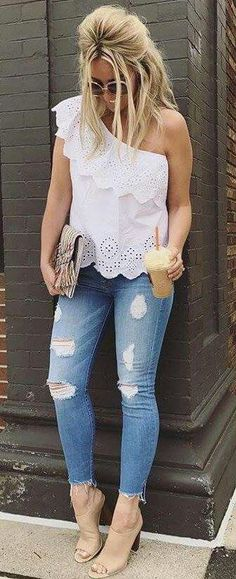 49 Ideas for how to wear flannel skinny jeans outfit 2019 skinny jeans o… Skinny jeans outfit 2019 skinny jeans outfit summer and skinny jeans outfit jeans and sandals outfit jeans and shirt outfit Jeans Outfit Summer, Cute Spring Outfits, Casual Summer Outfits, Chic Outfits, Fashion Outfits, Rosa Blazer, Bluse Outfit, Shirt Outfit, Casual Styles