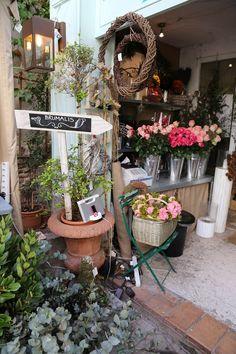 En el estudio de flores de Brumalis © Mariola Kugler