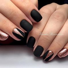 A manicure is a cosmetic elegance therapy for the finger nails and hands. A manicure could deal with just the hands, just the nails, or Matte Black Nails, Rose Gold Nails, Black Manicure, Nail Black, Diy Nails Matte, Sparkle Nails, Matte Red, White Nail, Black Nail Designs