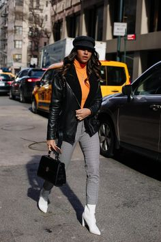 Warmth but make it fashion. #streetstylefashion, #PopularFashionTrends