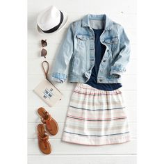 Super cute summer outfit.