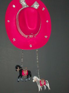 Red Cowgirl Hat Wall Hanging   Western by LIGHTINGMOBILESNMORE, $32.99