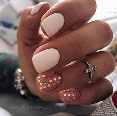 white and blush with gold polka dot nails are idea for a playful and whimsy bride Almond Nails Designs, Nail Designs, Red Nails, Hair And Nails, Yellow Nails, Cute Nails, Pretty Nails, Pretty Makeup, Dipped Nails