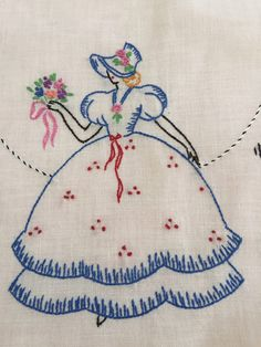 VINTAGE EMBROIDERED Southern Belle Linen by thejoanandlucyshow