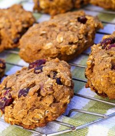 Vegan Sweet Potato Breakfast Cookies- 10 Healthy Cookie Recipes for Fall - Click image to find more Food & Drink Pinterest pins