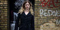 Karina Pedersen er vokset op i underklassen. Det fortæller hun om i en ny bog…