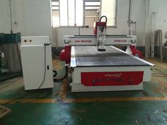 wood CNC router machine with inches table size is mainly used for wood door making, cabinet making, sign making, furniture making, decoration making and other woodworking. Now the best wood CNC machine for sale at an affordable price. Cnc Machine For Sale, Wood Cnc Machine, Cnc Router Machine, Cnc Router For Sale, Cnc Wood Router, Furniture Making, Wood Furniture, Cnc Wood Carving, Cnc Plans