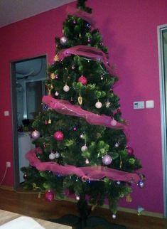 Jsme rádi, že máte radost ze stromečků od nás.❤️ Připravte se na Vánoce s námi již teď. Těšíme se na Vás 🌲 Zde: www.mujstromecek.cz  #vanoce #ceskarepublika #vanocnistromek #vanocnistromecek #vanocnistrom #vánočnístromeček #kup #czechrepublic #ostrava Christmas Tree, Holiday Decor, Home Decor, Trees, Teal Christmas Tree, Homemade Home Decor, Xmas Trees, Interior Design, Christmas Trees