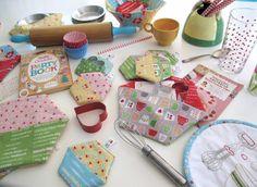 Bee In My Bonnet: Kitchen Love...A New Pattern!!!...