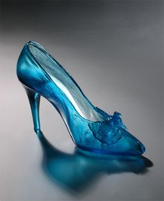 Turquoise Shoe with Bow of Glass by Janet Kelman